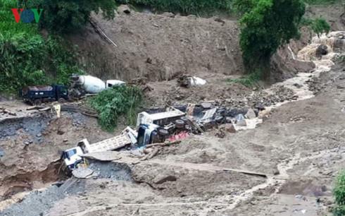 Hạn chế thiệt hại từ mưa, lũ: Vẫn chuyện nhận thức và trách nhiệm (14/10/2017)