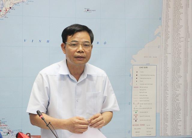 Phỏng vấn Bộ trưởng Bộ Nông nghiệp và Phát triển nông thôn Nguyễn Xuân Cường về vấn đề trách nhiệm trong ứng phó với mưa lũ (08/11/2017)