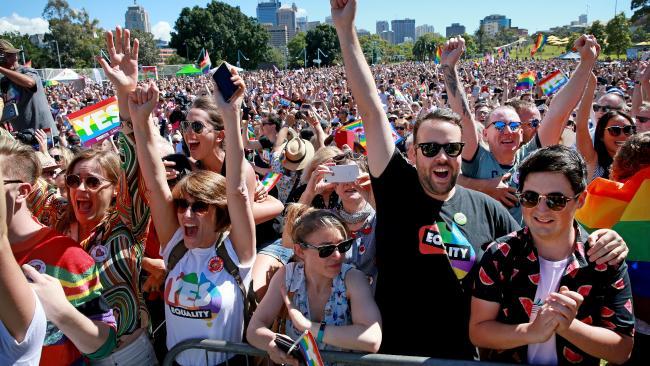 Australia sẽ thông qua luật hôn nhân đồng giới trước Giáng sinh (17/11/2017)