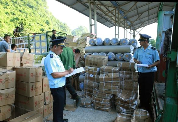 Tăng cường phối hợp giữa các lực lượng chức năng trong đấu tranh chống buôn lậu dịp cuối năm  (23/12/2017)