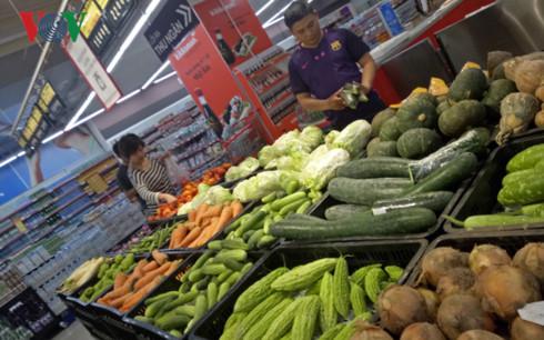 Cần tháo gỡ khó khăn cho việc tiêu thụ nông sản an toàn (18/12/2017)