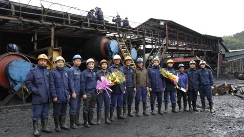 Tập đoàn Công nghiệp Than - Khoáng sản Việt Nam: Chăm lo đời sống người lao động (16/02/2017)