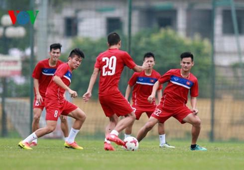 Bóng đá Việt Nam đang nhộn nhịp hơn hẳn nhờ các đội tuyển trẻ (7/5/2017)