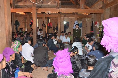 Điện Biên: Cảnh báo nạn buôn người ở huyện biên giới Nậm Pồ (22/6/2017)