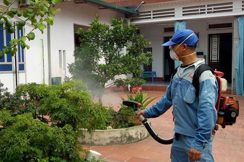 Số ca mắc bệnh sốt xuất huyết tại thành phố Hà Nội đã có xu hướng giảm (20/8/2017)