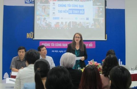 Plan hỗ trợ đào tạo nghề bền vững cho 800 nữ thanh niên Việt Nam (21/8/2017)