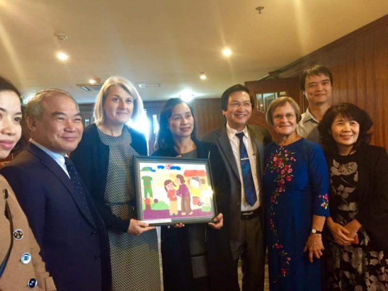 Đan Mạch tạo niềm hứng khởi, say mê mĩ thuật cho giáo viên và học sinh trên khắp Việt Nam trong suốt 10 năm qua (11/9/2017)