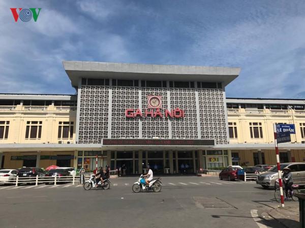 Lo ngại về đề xuất xây tổ hợp cao 40-70 tầng ở Ga Hà Nội (17/9/2017)