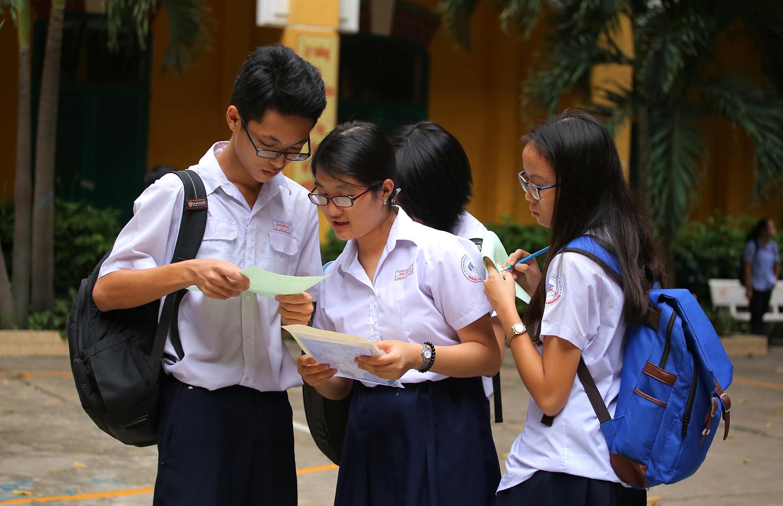 Bỏ cộng điểm khuyến khích vào lớp 10: Chưa phù hợp nếu áp dụng ngay  (09/01/2018)