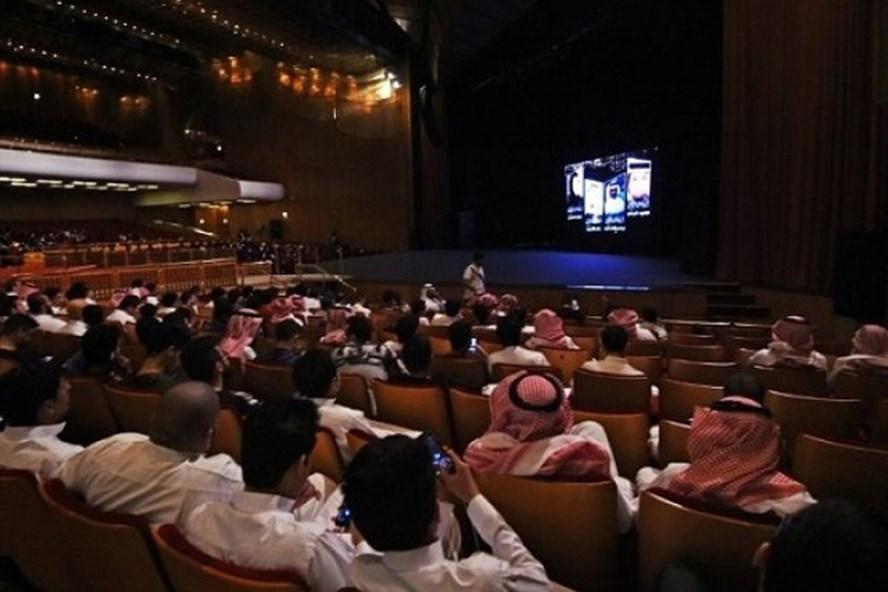 Saudi Arabia bỏ lệnh cấm rạp chiếu phim sau 35 năm (16/01/2018)