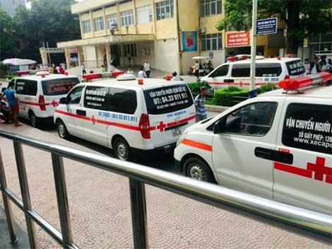 Dịch vụ vận chuyển bệnh nhân tại một số cơ sở y tế có nhiều bất cập (14/10/2018)