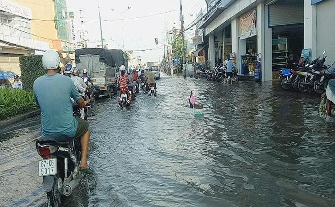 Tác động của triều cường đối với đời sống người dân Cần Thơ nói riêng và đồng bằng sông Cửu Long nói chung (10/10/2018)