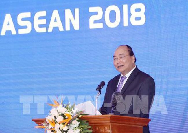 Thành công của Diễn đàn Kinh tế Thế giới về ASEAN năm nay đã nâng tầm vị thế Việt Nam. Đây là khẳng định của Thủ tướng Nguyễn Xuân Phúc tại hội nghị tổng kết diễn đàn này diễn ra chiều nay tại Hà Nội (Thời sự đêm 21/10/2018)