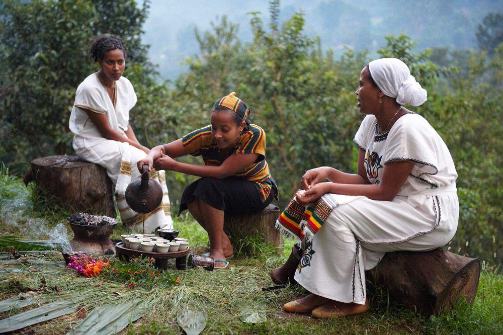 Cách pha cà phê cổ nhất thế giới ở Ethiopia (15/10/2018)