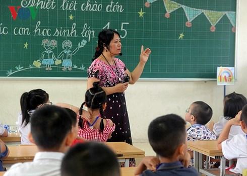 Tình trạng thừa thiếu giáo viên và giải pháp (1/10/2018)