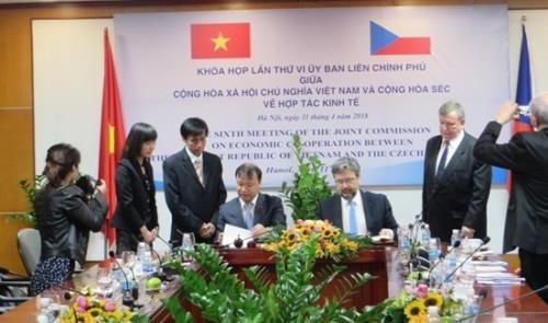 Những hoạt động tăng cường hiểu biết giữa nhân dân Việt Nam và Cộng hòa Séc (12/11/2018)
