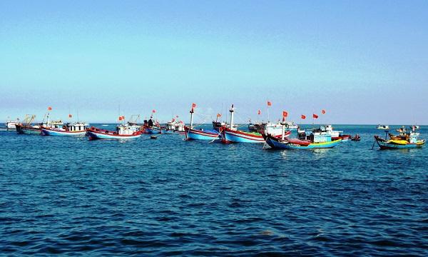 Nâng cao ý thức chấp hành pháp luật của ngư dân trong hoạt động khai thác hải sản (7/11/2018)