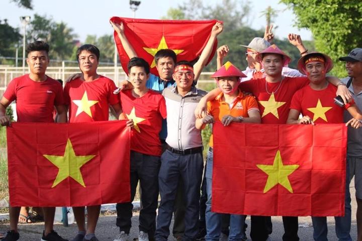 Phóng viên Đài Tiếng nói Việt Nam tại Myanmar phản ảnh không khí trước trận đấu giữa đội tuyển Việt Nam gặp Myanmar trong khuôn khổ vòng bảng AFF Cup 2018 (20/11/2018)