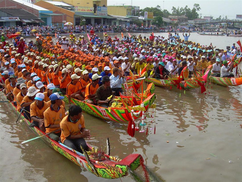 Khám phá lễ hội Ok Om Bok của đồng bào Khmer (19/11/2018)