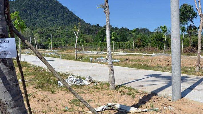 Kiên Giang phải xử lý các công trình vi phạm trên đất nông nghiệp, đất rừng trên địa bàn huyện Phú Quốc, báo cáo Thủ tướng Chính phủ kết quả thực hiện trước ngày 1-3-2019 (Thời sự sáng 8/11/2018)