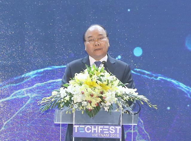 Thủ tướng Nguyễn Xuân Phúc dự Lễ Khai mạc Techfest Việt Nam 2018 (Thời sự đêm 29/11/2018)