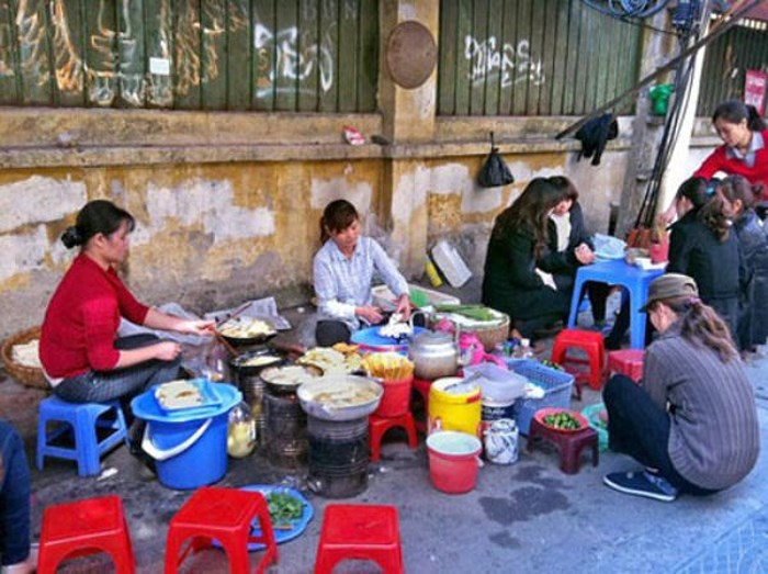 Thức ăn đường phố và câu chuyện an toàn vệ sinh thực phẩm (24/11/2018)