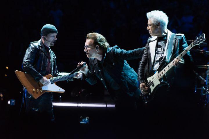 Vì sao ban nhạc U2 xuất sắc giành vị trí số 1 bảng xếp hạng những ngôi sao kiếm nhiều tiền nhất năm 2018 của Tạp chí Forbes (14/12/2018)