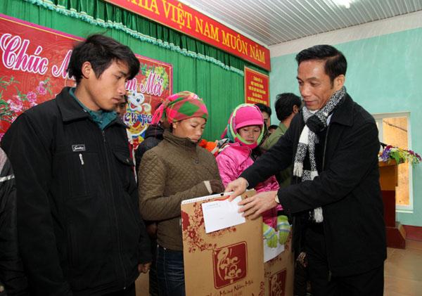 Công tác chăm lo Tết cho người dân ở khu vực biên giới hai tỉnh Quảng Ninh và Hà Giang  (13/02/2018)