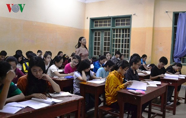 Dư luận nhiều chiều về môn Ngữ văn trong chương trình Giáo dục phổ thông mới (28/3/2018)