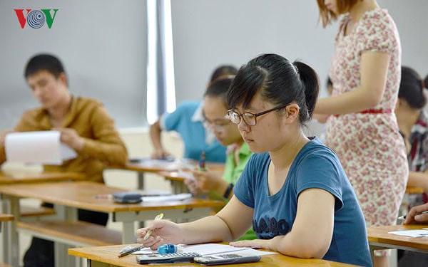 Nhiều trường Đại học đưa ra tổ hợp môn xét tuyển trái ngược hẳn với ngành đào tạo (26/3/2018)