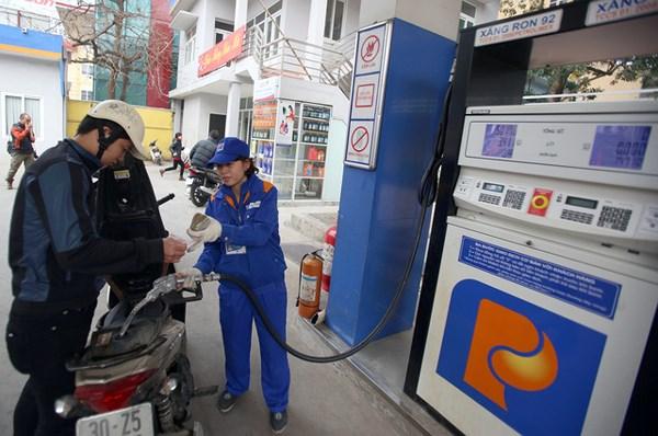Cần công bố giá cơ sở xăng RON 95 trong các kỳ điều hành giá xăng dầu (12/04/2018)