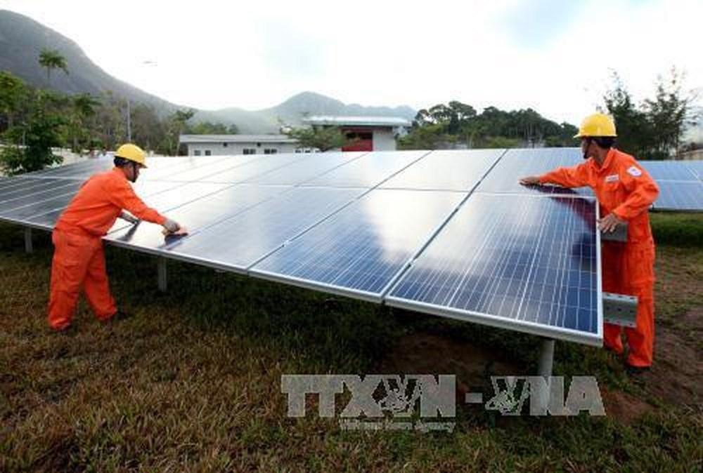 Giảm phát thải khí nhà kính và cơ hội phát triển năng lượng tái tạo ở Việt Nam (17/5/2018)