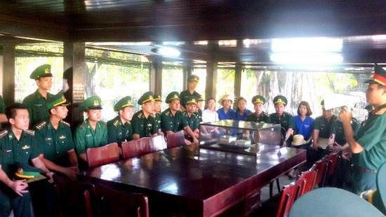 Thanh niên Biên phòng học tập theo gương Bác Hồ vì biên giới bình yên (19/5/2018)