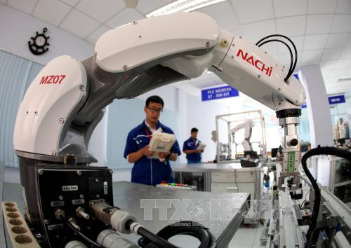 Trí tuệ nhân tạo: Hướng đi để Việt Nam tiếp cận cách mạng công nghiệp 4.0 (11/5/2018)