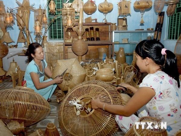 Thừa Thiên Huế phát huy những giá trị truyền thống làng nghề (26/5/2018)
