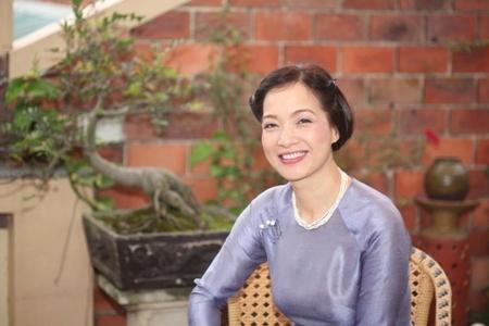 Nghệ sĩ Nhân dân Lê Khanh không ngại thay đổi để làm mới mình (26/5/2018)
