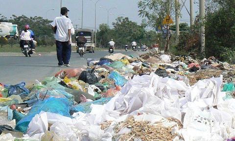 Cần thay đổi thói quen sử dụng túi nilon để bảo vệ môi trường (31/5/2018)