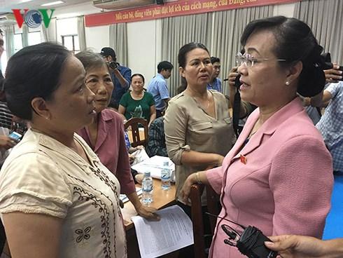 Cử tri Thủ Thiêm, Thành phố Hồ Chí Minh đề nghị Thanh tra toàn diện Dự án Thủ Thiêm mới (Thời sự chiều 10/5/2018)