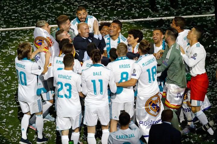 Huấn luyện viên Zidane quyết định chia tay Real Madrid, sau khi giúp đội bóng này lần thứ 3 liên tiếp giành chức vô địch Champions League (3/6/2018)