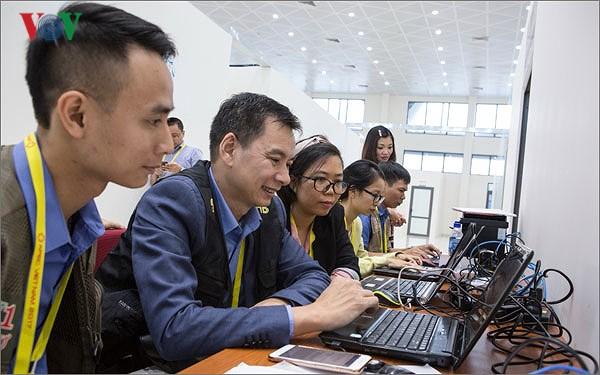 Nhân ngày Báo chí Cách mạng Việt Nam 21/06, cùng trò chuyện với những nhà báo đang công tác tại Đài Tiếng nói Việt Nam về những trải nghiệm với nghề báo (21/6/2018)