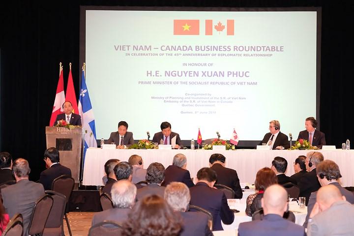 Thủ tướng Nguyễn Xuân Phúc dự Tọa đàm Doanh nghiệp Việt Nam-Canada và kỳ vọng một làn sóng đầu tư mới của Canada vào Việt Nam (Thời sự chiều 9/6/2018)