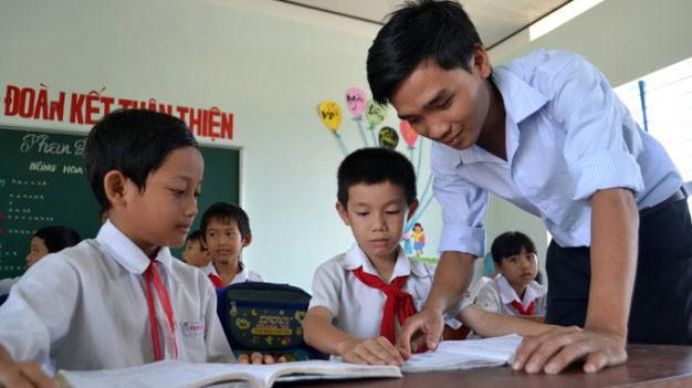 Bàn về giải pháp nâng cao đạo đức giáo viên và học sinh (6/6/2018)