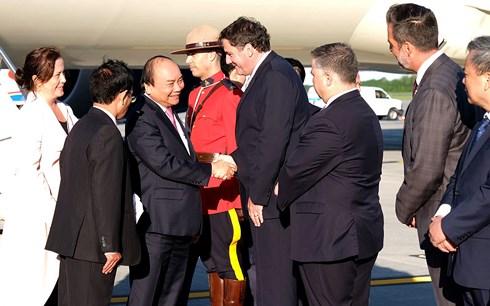 Thủ tướng Nguyễn Xuân Phúc đến thành phố Québec, bắt đầu tham dự các hoạt động tại Hội nghị thượng đỉnh G7 và thăm Canada theo lời mời của Thủ tướng Canada (Thời sự chiều 8/6/2018)
