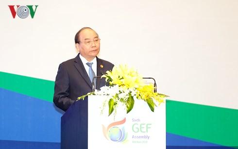 Thủ tướng Nguyễn Xuân Phúc: Kiên quyết không đánh đổi môi trường để phát triển kinh tế (Thời sự chiều 27/6/2018)