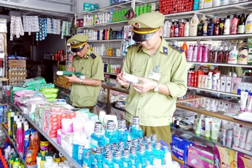 Đấu tranh chống mỹ phẩm giả, nhái, nhập lậu còn nhiều gian nan (11/7/2018)