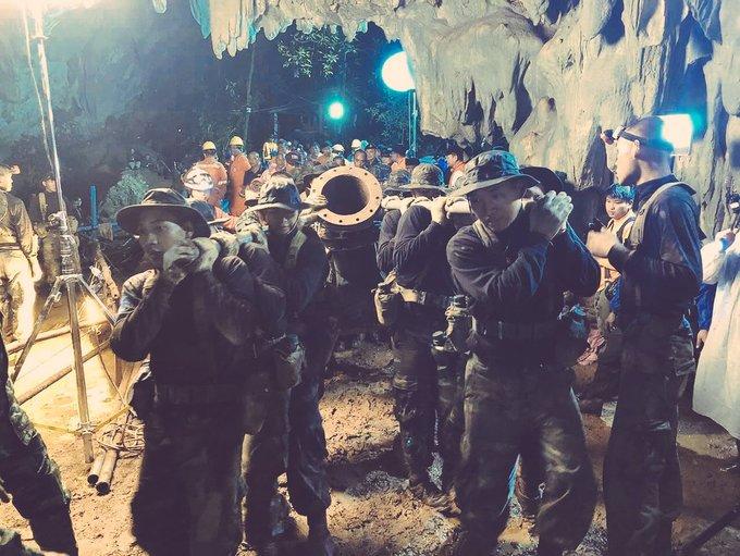 Những người thầm lặng tham gia cuộc giải cứu tại hang Tham Luang (6/7/2018)