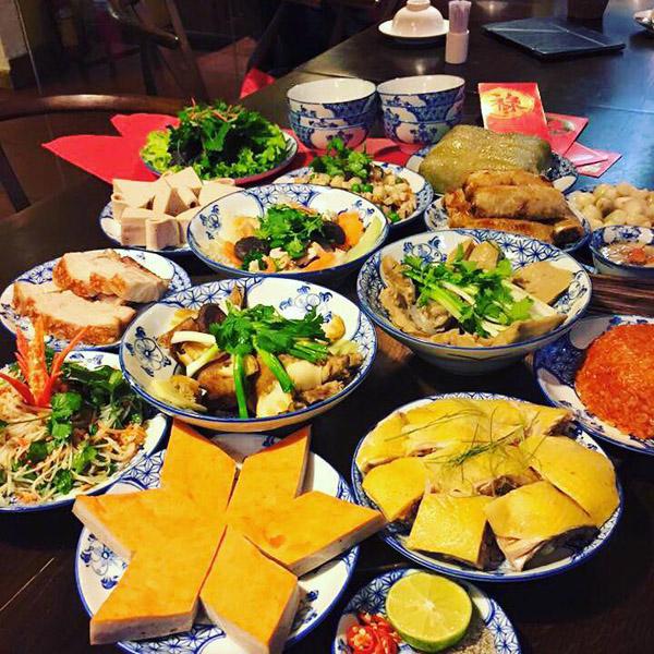 Người lưu giữ hương vị cổ truyền cho món ăn Hà Nội (2/7/2018)