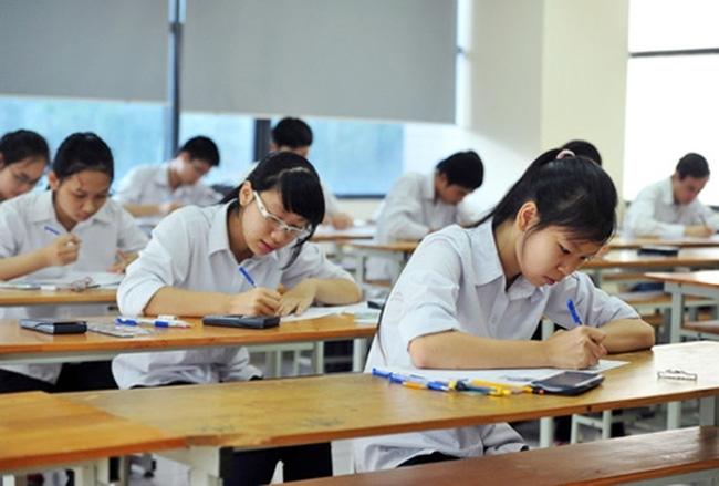 Những ý kiến trái chiều về đề thi môn Ngữ văn trong kỳ thi Trung học phổ thông Quốc gia 2018 (2/7/2018)