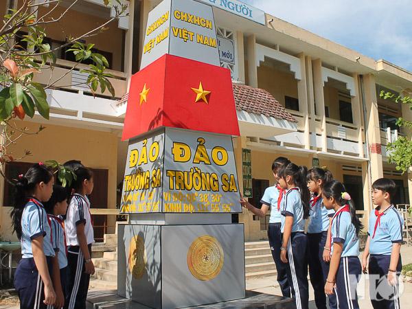 Tuyên truyền giáo dục về biển đảo trong trường học (21/7/2018)