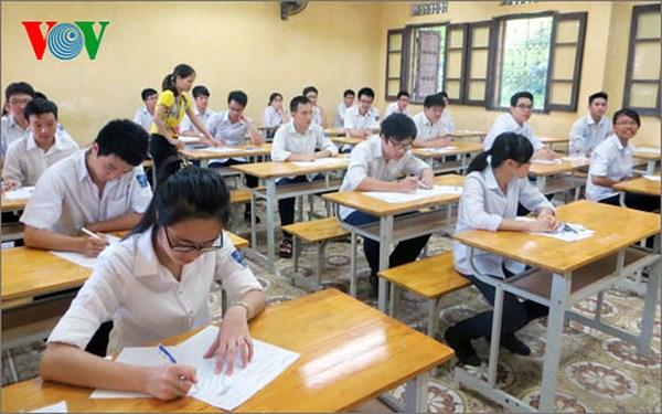 Bộ Giáo dục và Đào tạo yêu cầu 63 tỉnh thành rà soát điểm thi Trung học phổ thông Quốc gia năm nay (Thời sự đêm 21/7/2018)